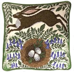 Kussenborduurpakket Catherine Rowe - Spring Hare - Bothy Threads