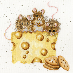 Borduurpakket Hannah Dale - Crackers About Cheese - Bothy Threads