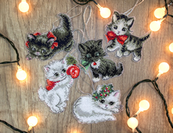 Borduurpakket Christmas Kittens Toys - Leti Stitch