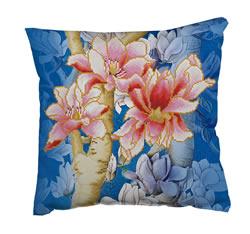 Diamond Dotz Magnolias on blue 1 - Needleart World