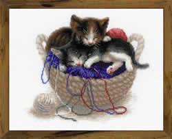 Borduurpakket Kittens in a Basket - RIOLIS